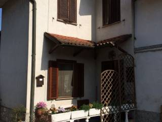 Foto - Villa via San Riccardo Pampuri 3, Battuda