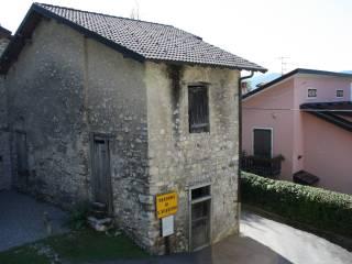 Foto - Rustico / Casale, da ristrutturare, 100 mq, Lura, Blessagno