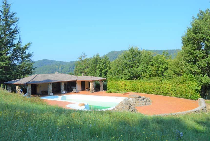 foto  Villa bifamiliare regione Piovero, Cortemilia