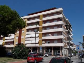 Foto - Appartamento piazza della Libertà 22, Pineto