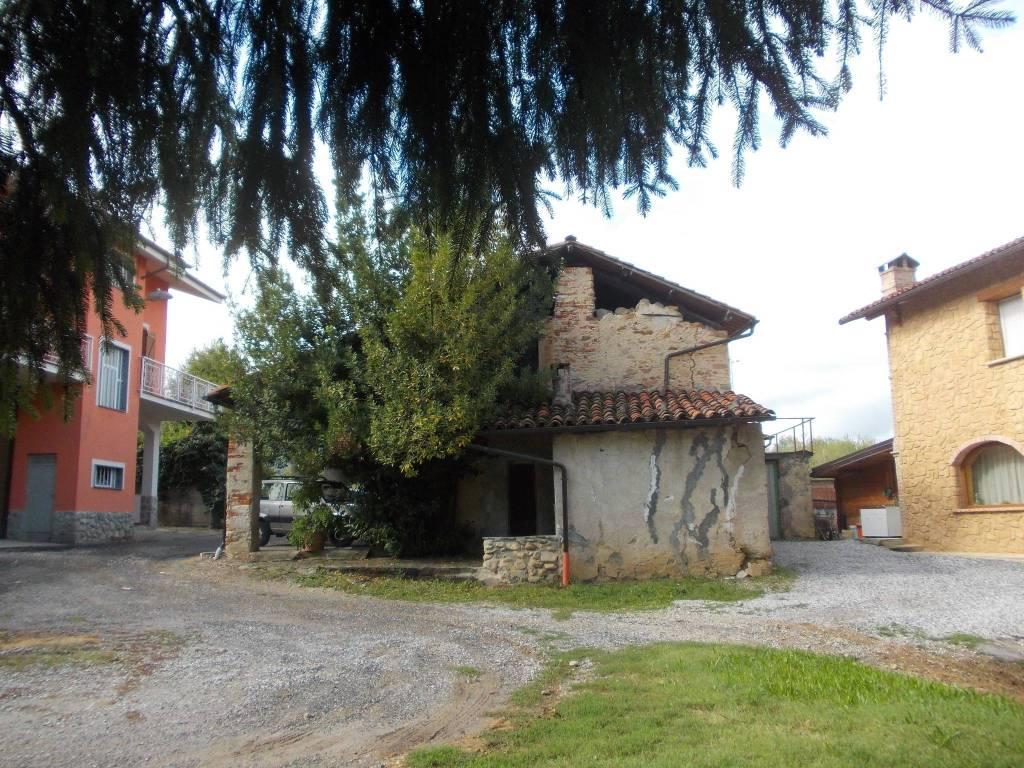 foto  Rustico / Casale Località Navea, Monastero di Vasco