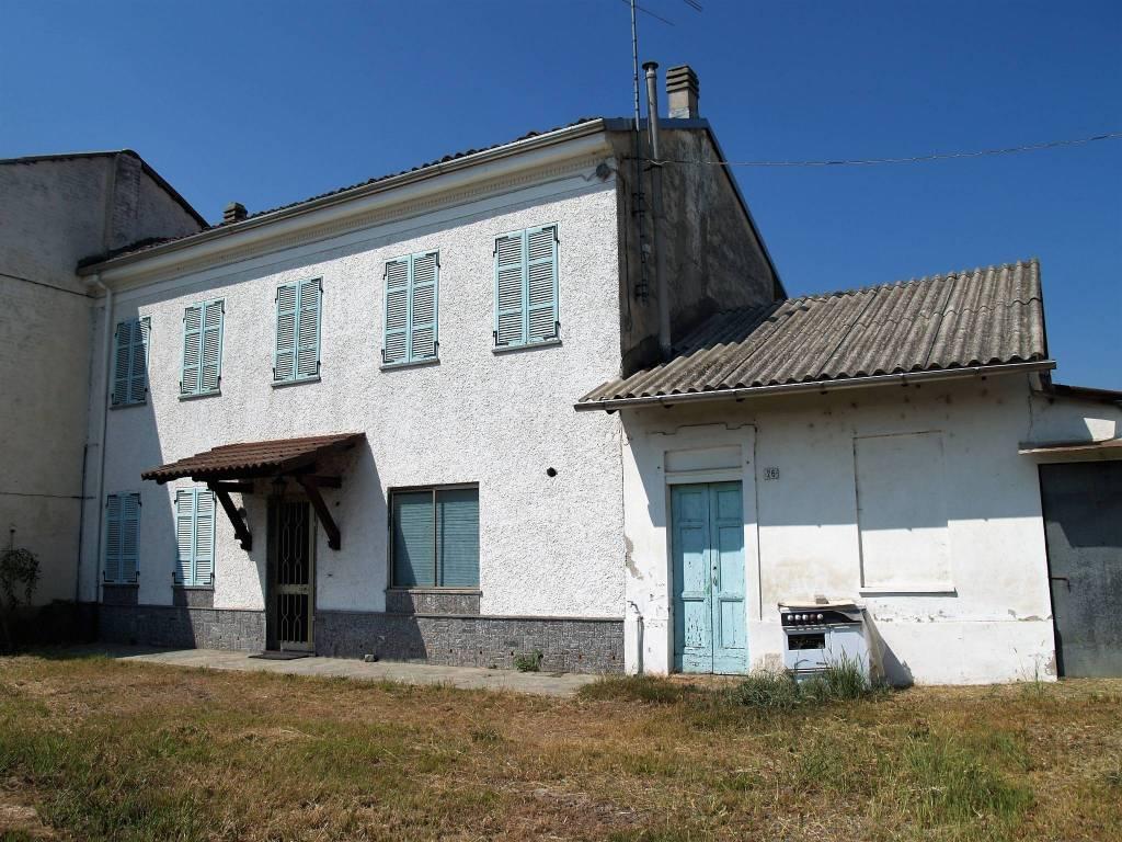 foto Facciata Villa via Monte Grappa, Asigliano Vercellese