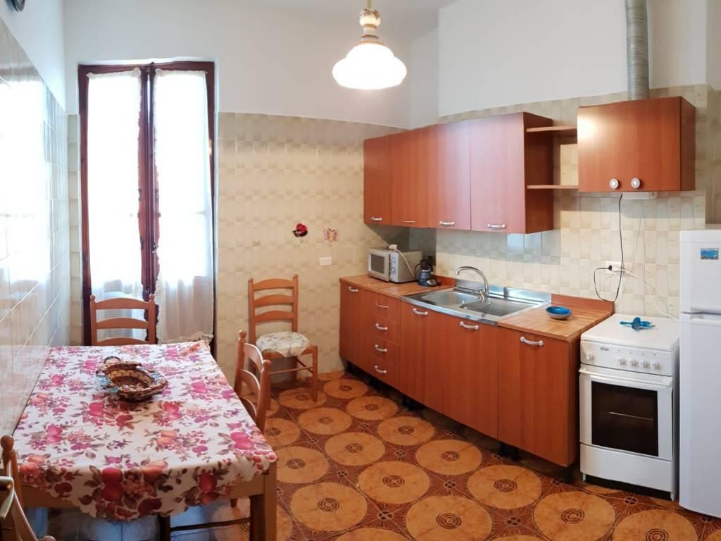 foto  Bilocale ottimo stato, terzo piano, Cagliari
