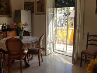 Case e appartamenti via delle fornaci roma for Arredamento via gregorio vii roma