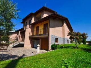 Foto - Villa unifamiliare via BEDESCO NC, Carvico