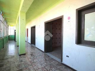 Foto - Trilocale da ristrutturare, secondo piano, Arzano