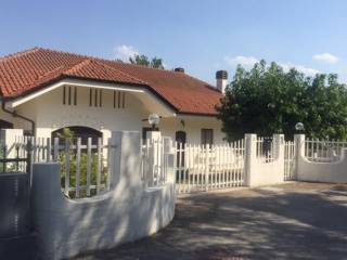 Foto - Villa 470 mq, Roddi