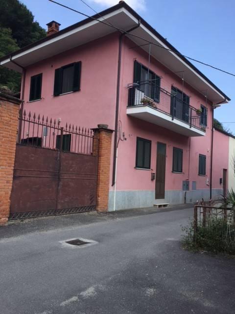 Foto 1 di Trilocale Via Chiantore Attilio, Porte
