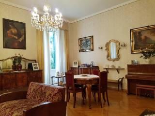 Foto - Appartamento da ristrutturare, secondo piano, Trieste - Coppedè, Roma