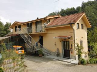 Foto - Casa indipendente regione Rocche, Ricaldone