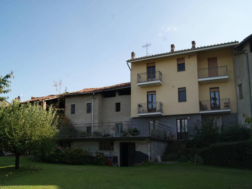 foto Esterno casa A Detached house via Umberto, Perosa Canavese