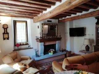 Foto - Casa indipendente via per Cardoso 11, Gallicano