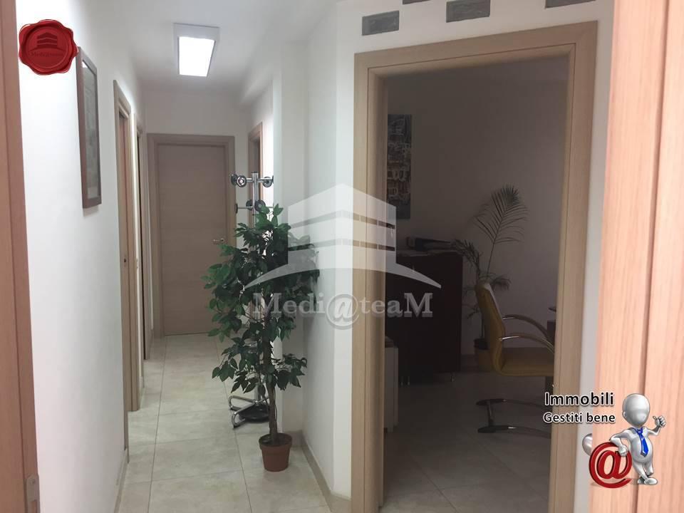 Ufficio In Vendita Roma : Immobile in vendita a roma rif  immobiliare