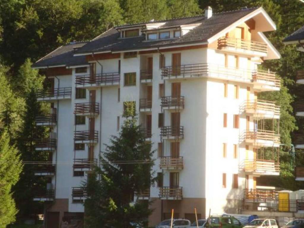foto condominio 3-room flat via Villaggio Albaron, Balme
