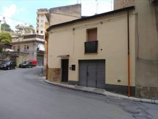 Foto - Bilocale via Redentore 127, Caltanissetta