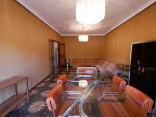 Case in Affitto: Ragusa Appartamento via Ercolano 63, Centro città, Ragusa