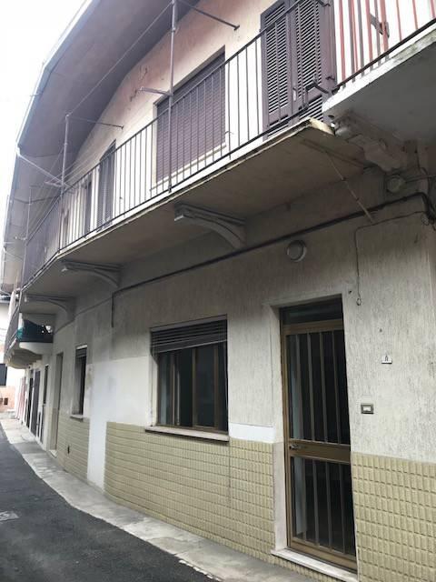 foto RUSTICO GALLIATE Country house, to be refurbished, 80 sq.m., Galliate