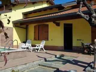 Foto - Villa via Francesco Petrarca 18, Bregnano
