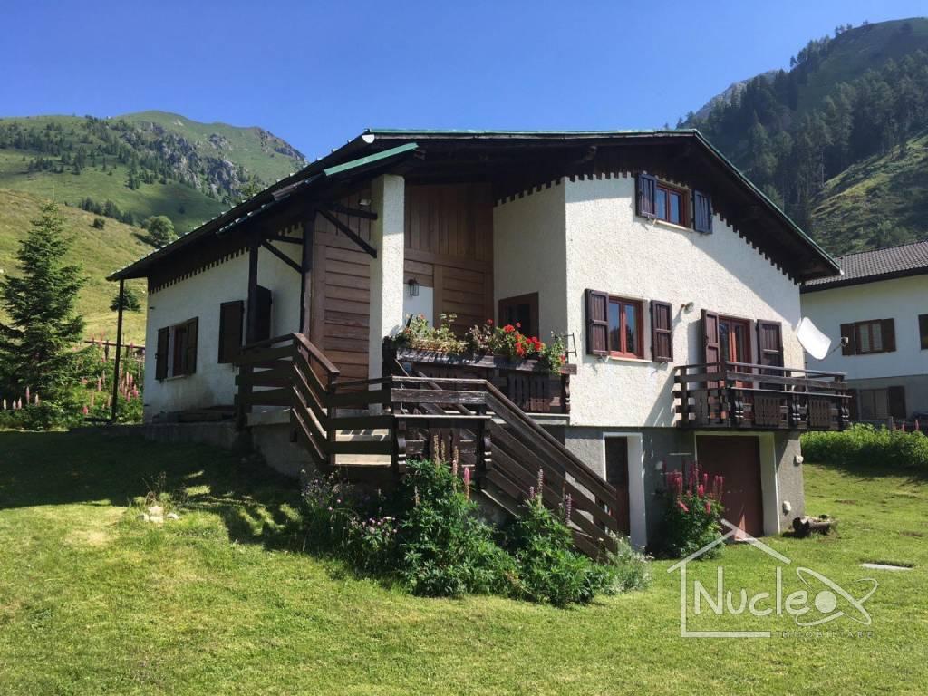 foto  Villa, buono stato, 210 mq, Trento