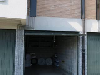 Foto - Box / Garage via Nilde Iotti 7, Locate di Triulzi