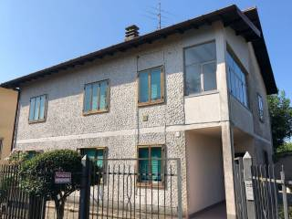 Foto - Villa piazza Giuseppe Garibaldi, Arcisate