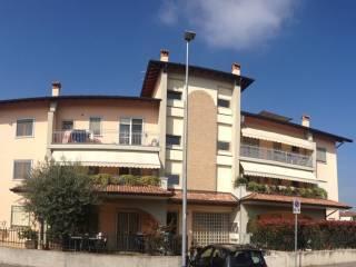 Foto - Trilocale via Palmiro Togliatti, Chiari