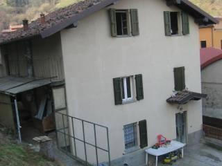 Foto - Casa indipendente via 11 Febbraio 2, Vertova