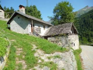Foto - Casa indipendente via Alpi Lepontine, x, Trasquera