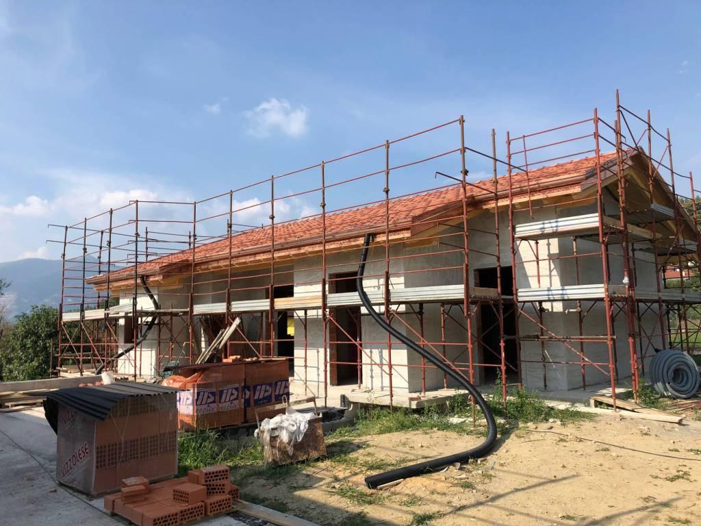 foto  Villa via al Trescano, Oggiono