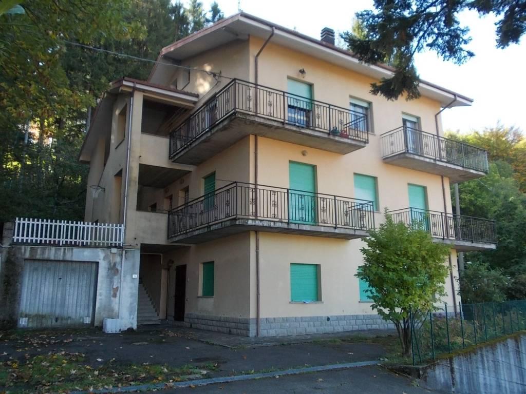 Foto 1 di Quadrilocale Lizzano In Belvedere
