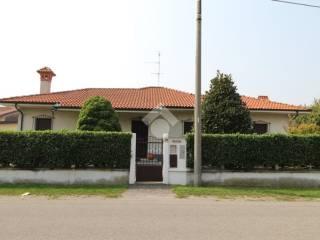 Foto - Villa via San Francesco, 110, Busto Garolfo