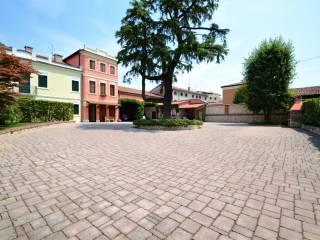 Foto - Villa via dei Trozi 7-1, Montecchio Maggiore