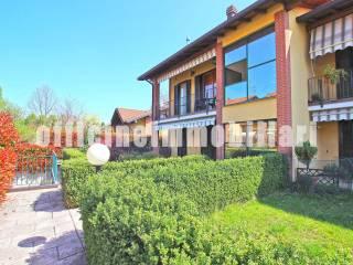 Foto - Appartamento via Cacciatori delle Alpi, Castronno