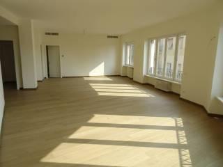 Photo - 4-room flat via Giorgio e Guido Paglia, Stazione, Bergamo