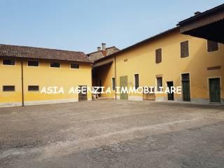 Foto - Rustico / Casale via Montegrappa 7, Corte de' Cortesi con Cignone