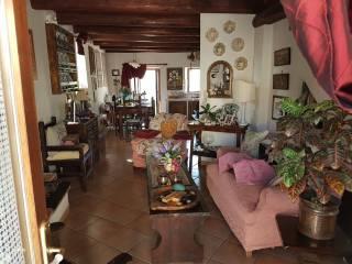 Foto - Casa indipendente via Morrone 67, Tornimparte
