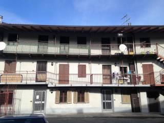 Foto - Bilocale via Pianissoglio 20, Cascinette d'Ivrea