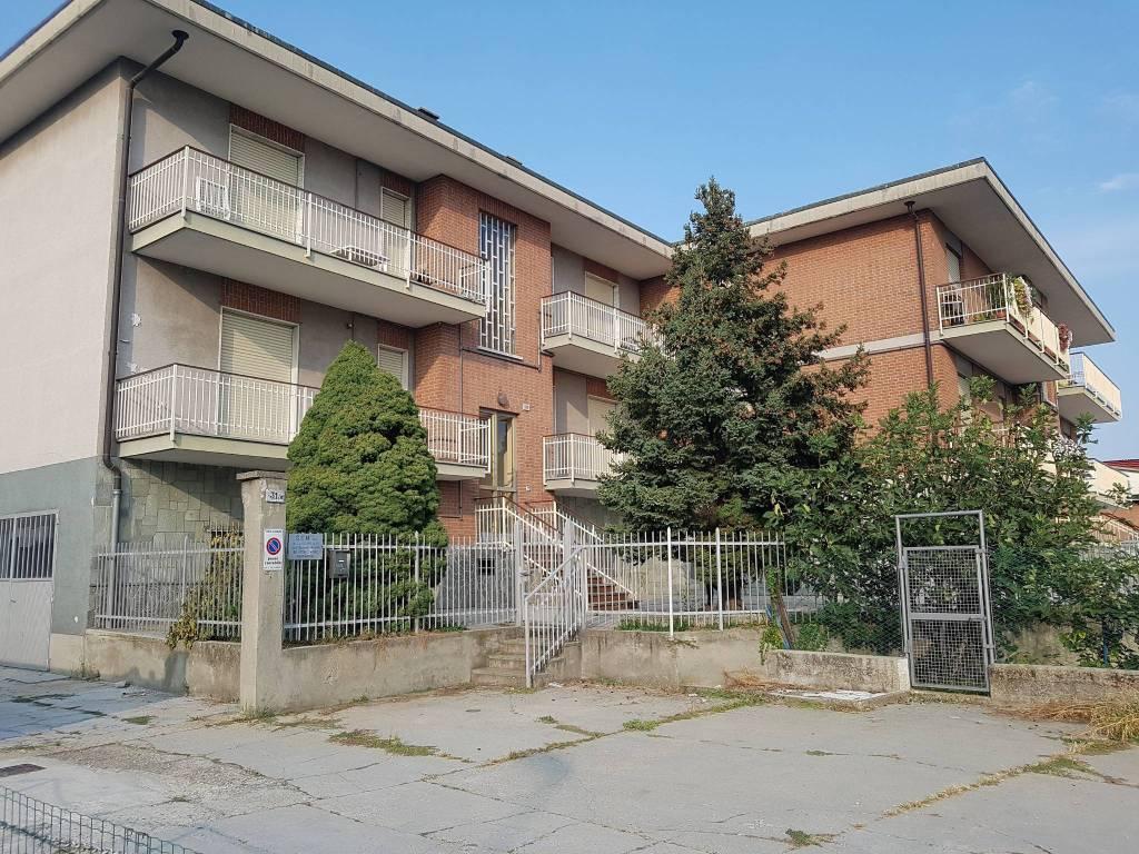 foto Cambiano 3-room flat via Nazionale 31, Cambiano