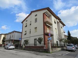 Foto - Trilocale via Michelangelo 38, Terontola, Cortona