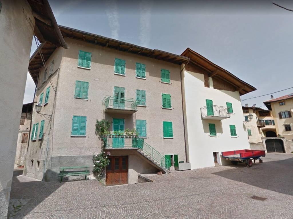 foto FACCIATA Casa indipendente piazza Alcide De Gasperi, Sfruz