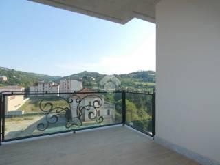 Foto - Trilocale nuovo, sesto piano, Acqui Terme
