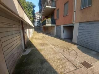 Foto - Box / Garage via Giacomo Leopardi 8, Canovine, Bergamo