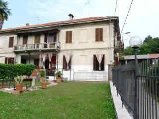 Foto - Palazzo / Stabile via Giuseppe Mazzini 7, Lozzolo