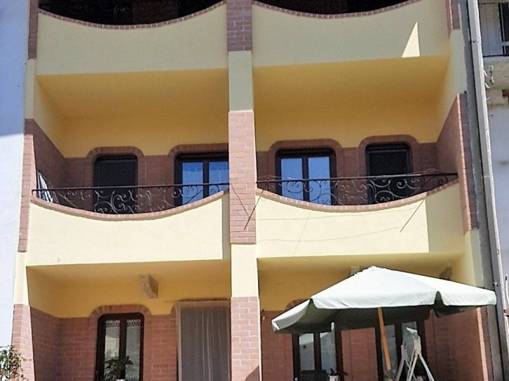 foto  Villa unifamiliare via Umberto I 16, Borgomasino