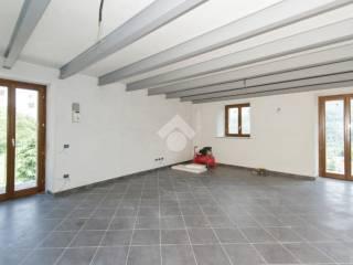 Foto - Trilocale via Giordanotti, 19, Torre Pellice