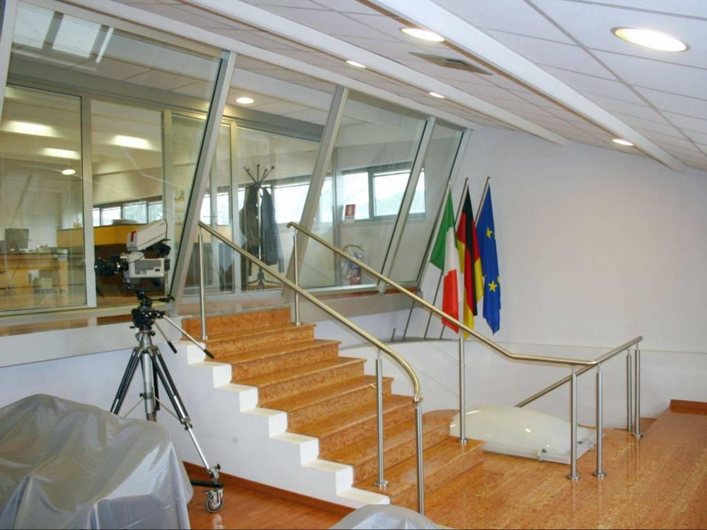 foto  Ufficio in Vendita a Pescantina