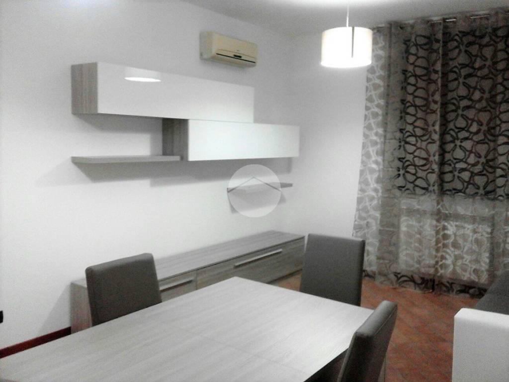 Ufficio Moderno Viterbo : Affitto appartamento viterbo. monolocale in via valerio . piano