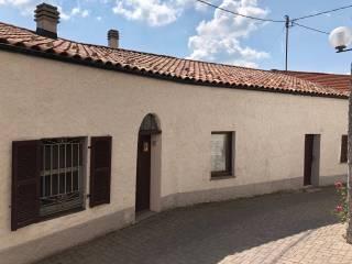 Foto - Casa indipendente via Giuseppe Galliano 16, Mombarcaro