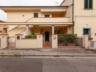 Foto - Trilocale via Silvio Pellico, Ponsacco