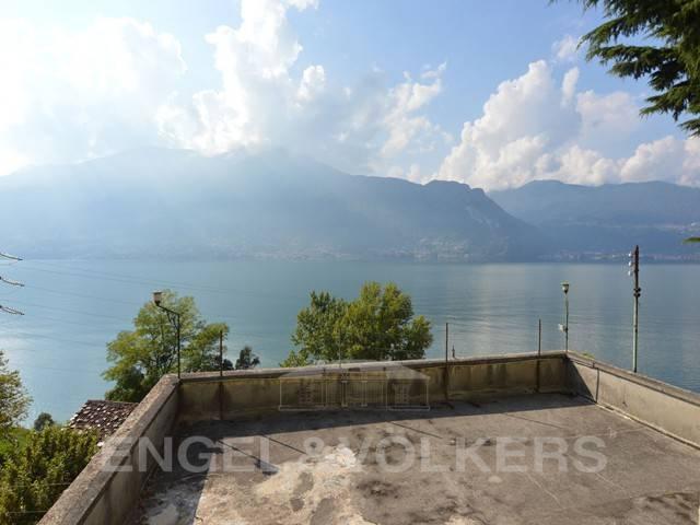 foto Vista Lago Stabile o palazzo via Piave, Dorio